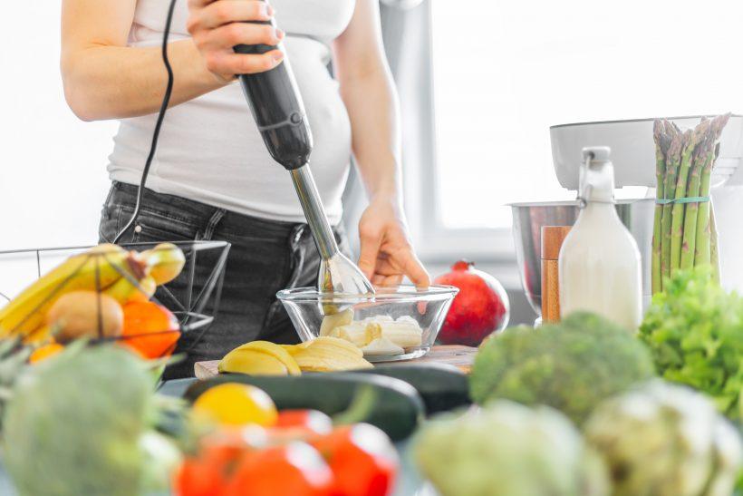 Zöldségek, gyümölcsök a kismama konyhájában